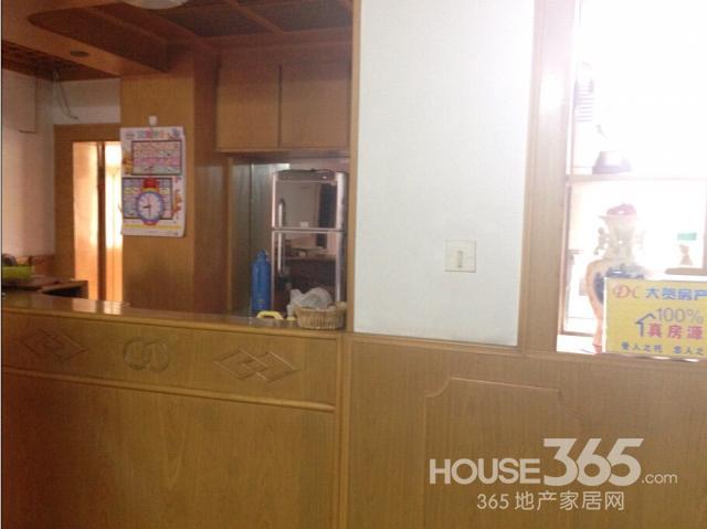 满五年无税三室一厅黄金楼层老式精装修98年单位房改房