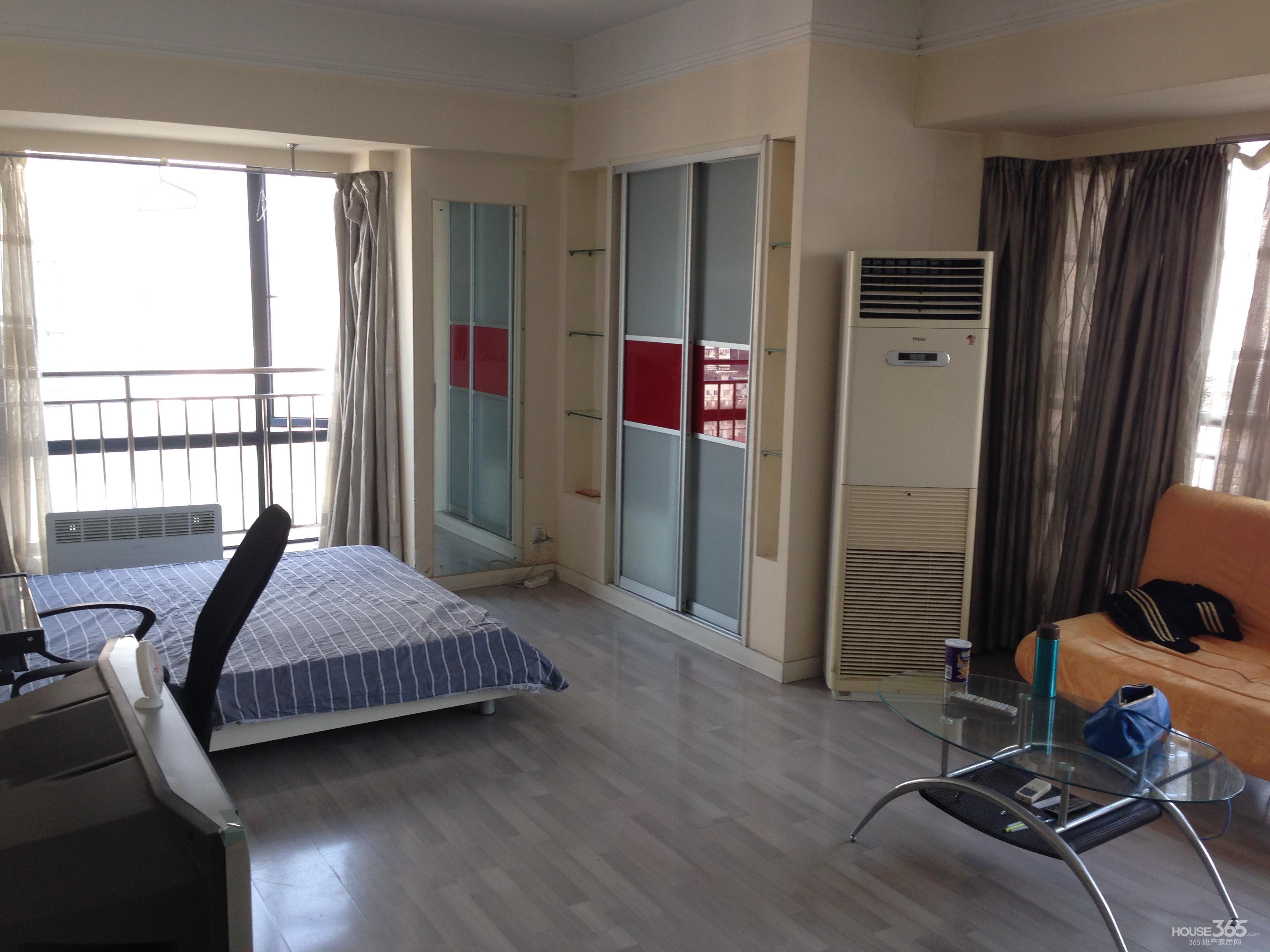 【亚东名座】 单身公寓 精装 超大落地窗