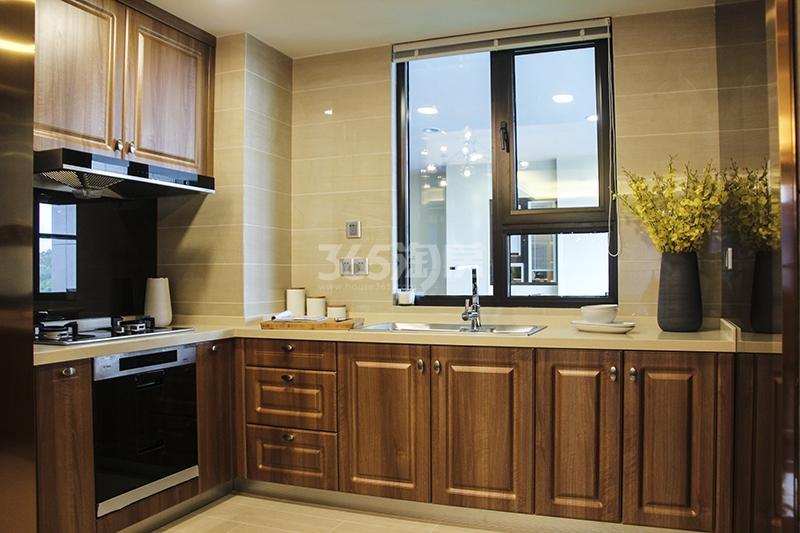 苏宁悦城三期121平样板间厨房