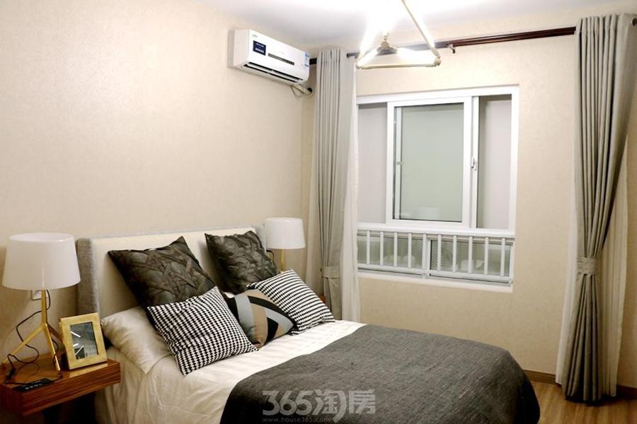 万科海上传奇滨江悦133平样板间——卧室