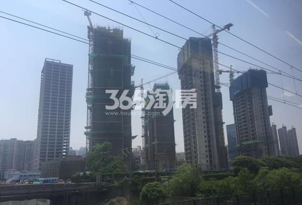世茂时光里3#、4#、5#、6#楼高层工程实景(2017.5摄)