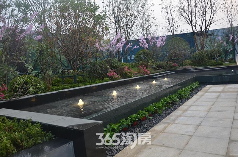 时光印象售楼部喷泉实景图(2017.8)