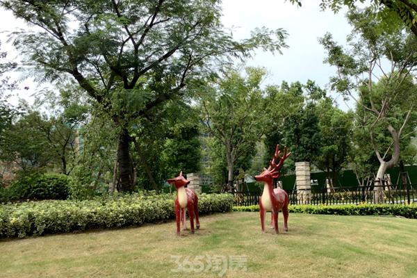 华强城颐景湾畔藏湖实景图
