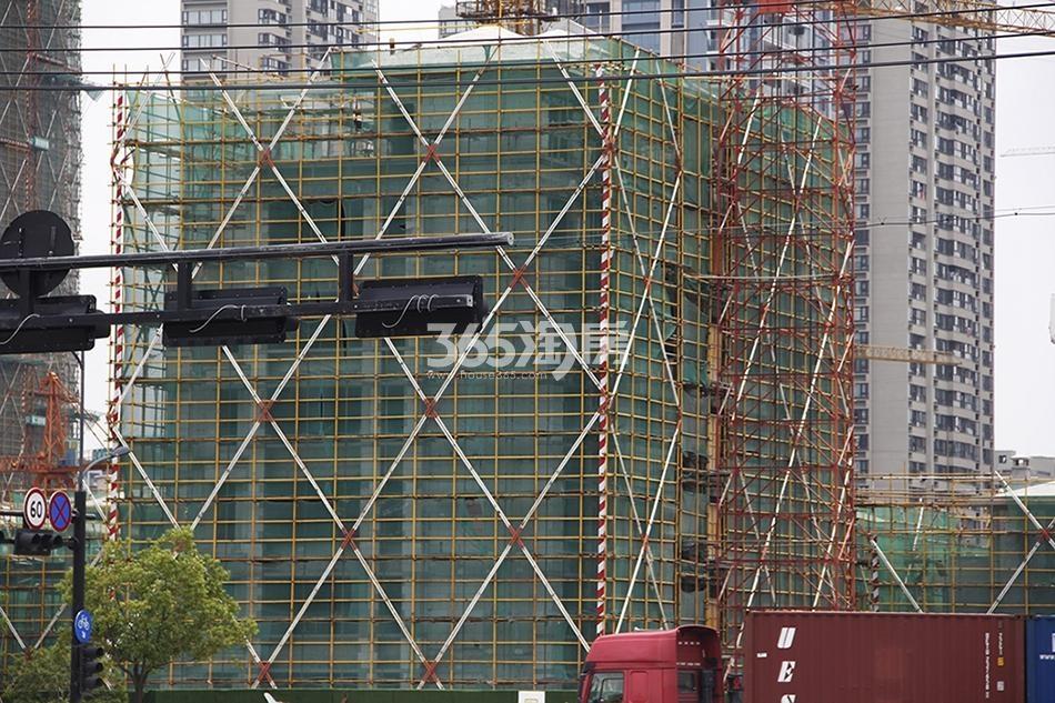 2018年7月融信澜天洋房32号楼实景